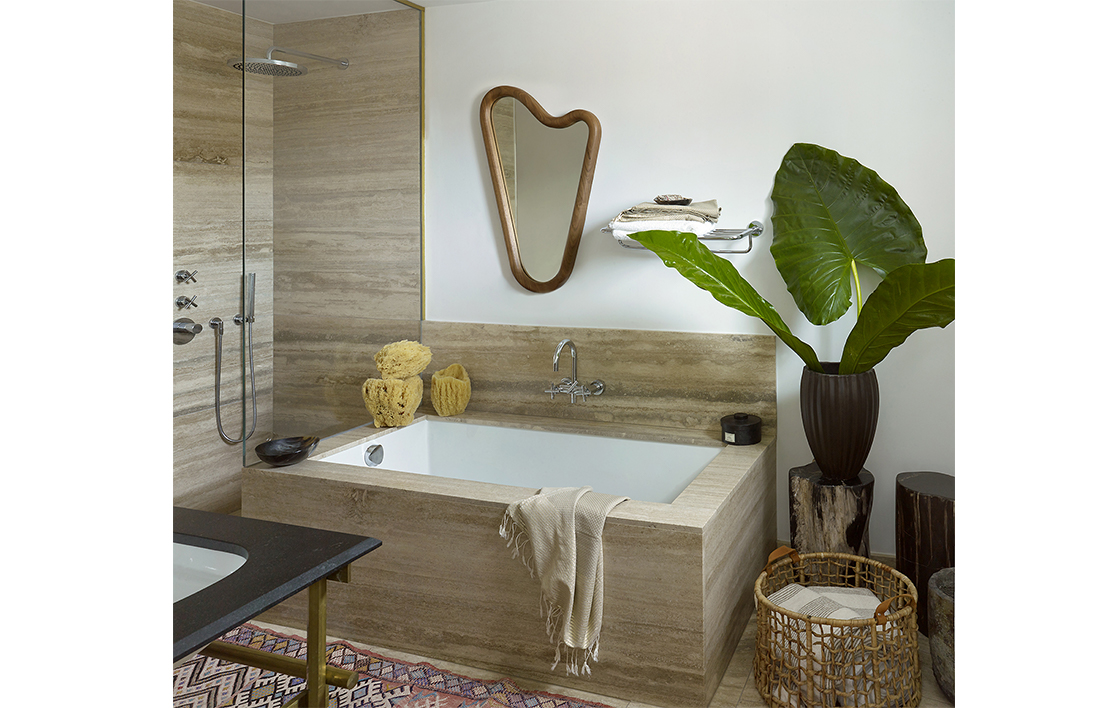 2-Meatpacking Pied-a-terre 1